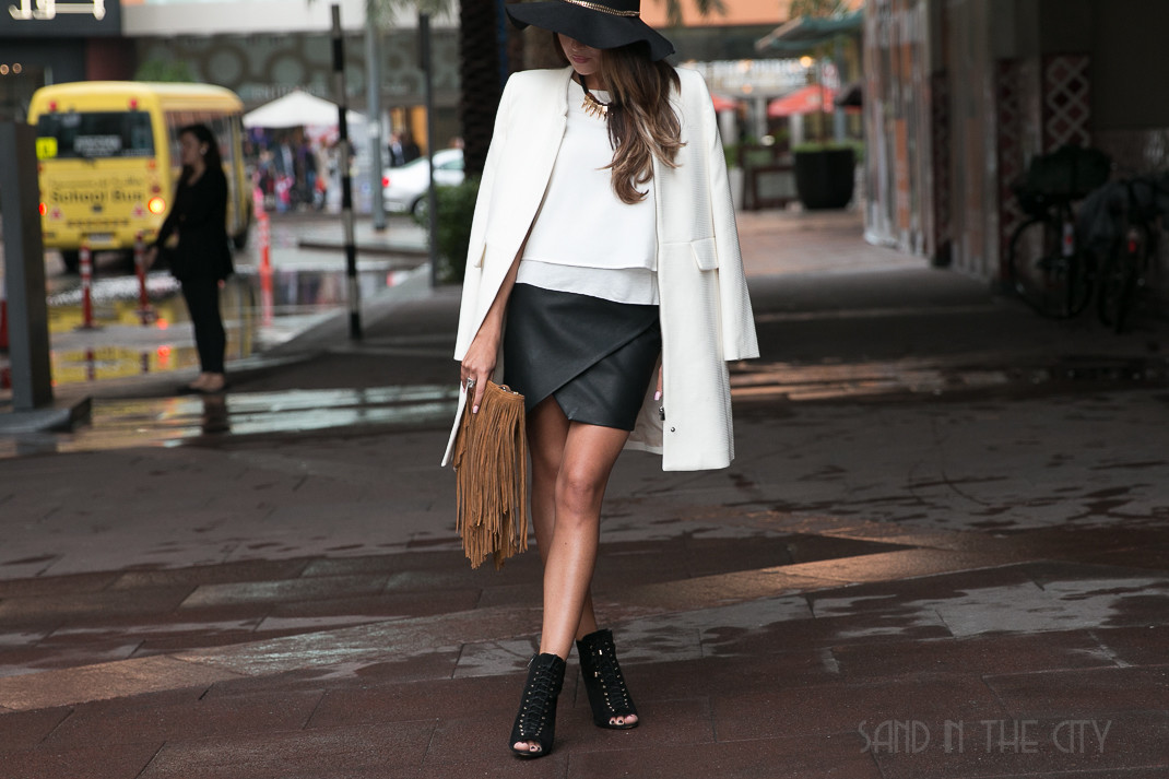 What To Wear In Dubai In Winter Sand In The City