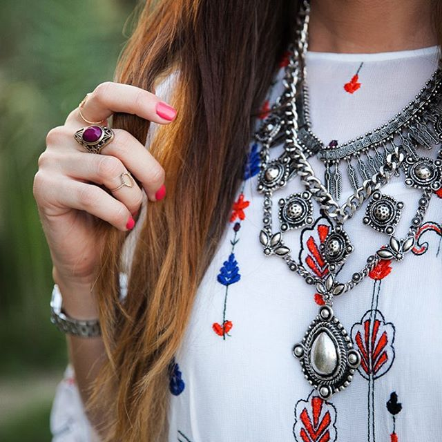 Effortlessly Boho mikamoops fashionblogger dubaistreetstyle dubaiblogger accessories jewellery boho bohemian