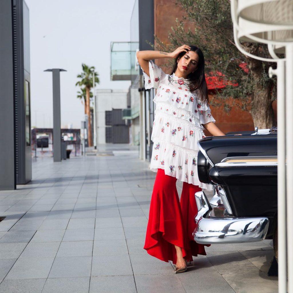 Haifa haifazakariaarora streetstyle dubaistreetstyle dubaiblog dubaiblogger streetstyledubai fashion lifestyle outfithellip